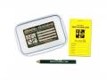 Geocache klein mit Logbuch und Stift
